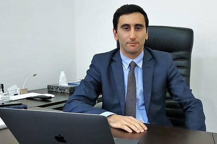 Read more about the article Qabaqcıl texnologiyalar dövründə ənənəvi və internet medianın inkişafı